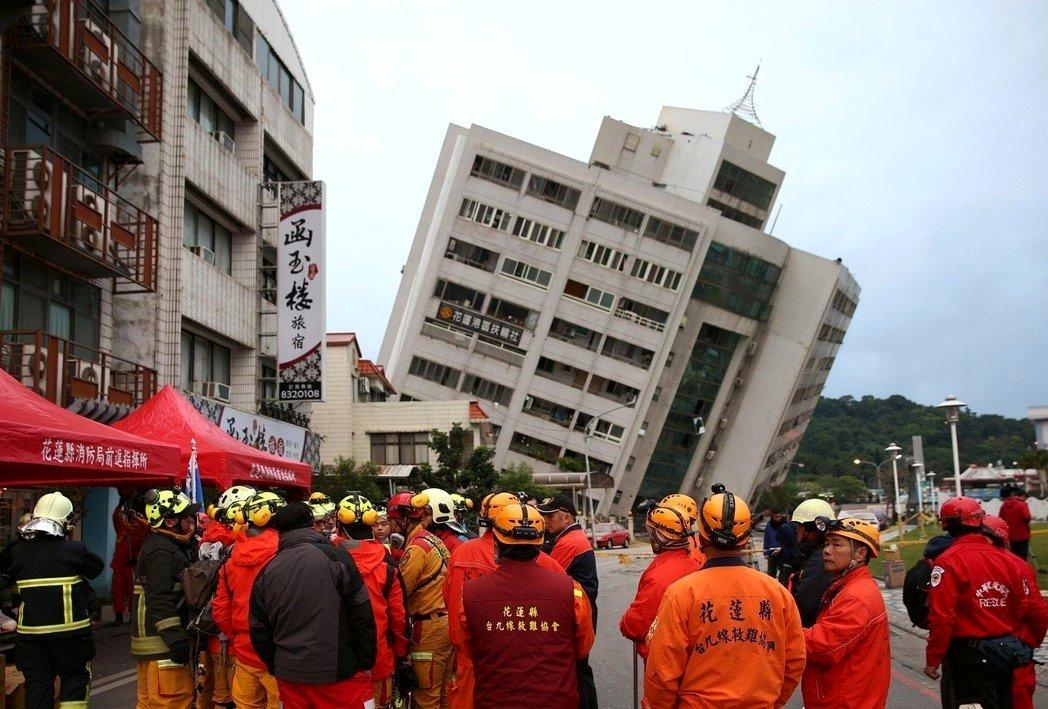 花蓮大地震!房屋倒塌 餘震不斷已傳出2死200多人傷